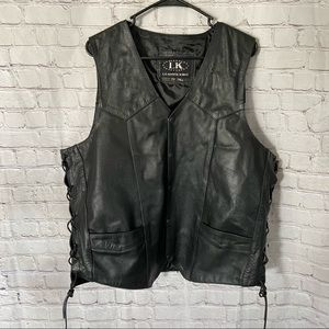 Leather King Leather Riding Vest size 48 Tall